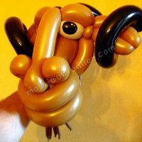GNU in balloon Sculpture